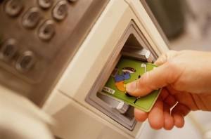 Как обезопасить свою карту от мошенников