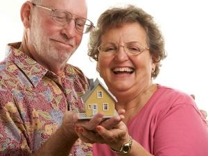 Где и на каких условиях пенсионер может получить кредит