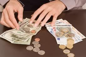 Как научиться откладывать деньги